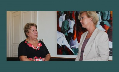 Η δήμαρχος Καβάλας Δήμητρα Τσανάκα  με την πρέσβη της Σουηδίας στην Ελλάδα κ. Charlotte Wrangberg