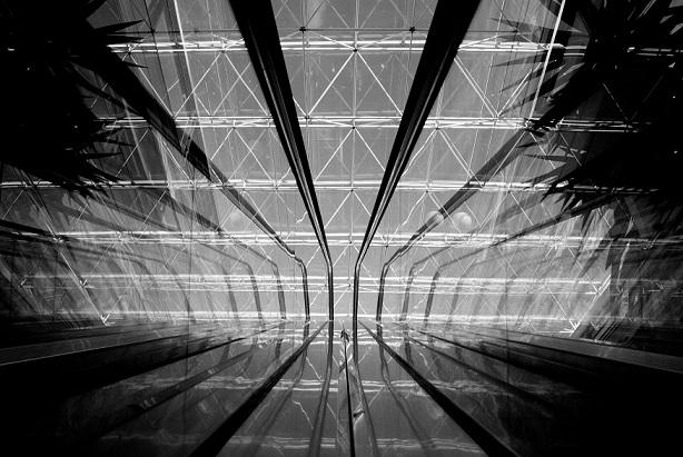 008-βραβείο Abstract - Ηλίας Κουμουλίδης