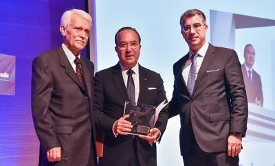 Ο κ. Σπυρίδων Παπαγιαννάκης, Γενικός Διευθυντής της MAPEI Hellas Quality Leader της χρονιάς