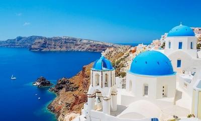 Santorini-in-Greece