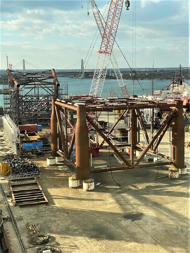 Η υπό κατασκευή εξέδρα Lamda για την ανάπτυξη του κοιτάσματος Έψιλον 1